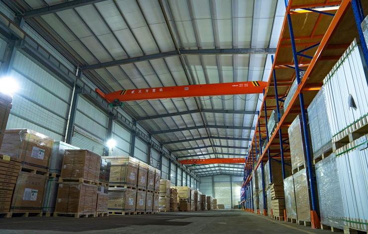 Eco Green Energy warehouse stock panels PV module price is decreasing